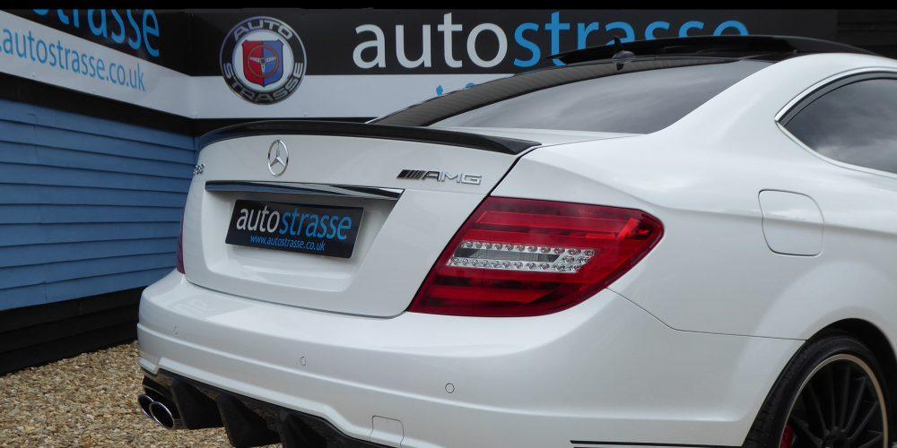 AMG-Close-Up-Number-Plate-Slider-alt-alt-alt-alt-1